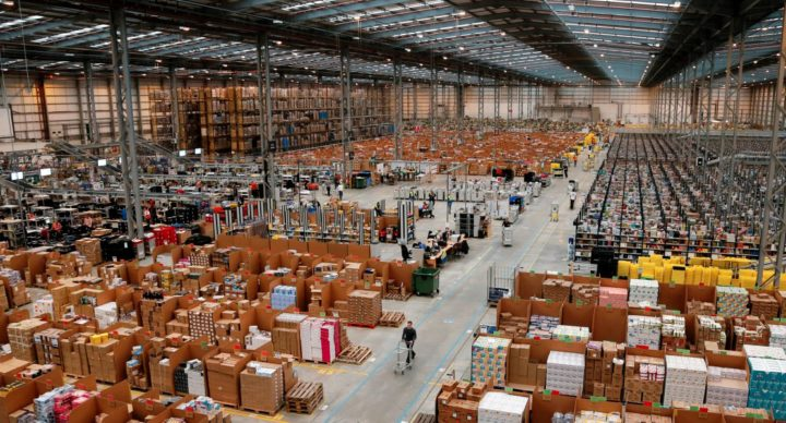 Amazon - 45 milhões de itens para o Brasil