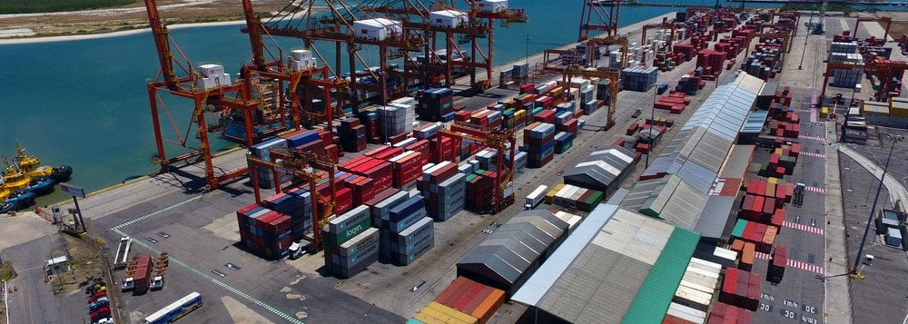 AEB - Importações e Exportações devem Crescer em 2018