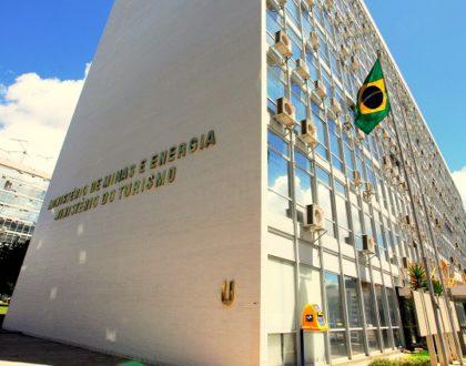 Trade turístico pede a permanência de Vinícius Lummertz no Ministério do Turismo