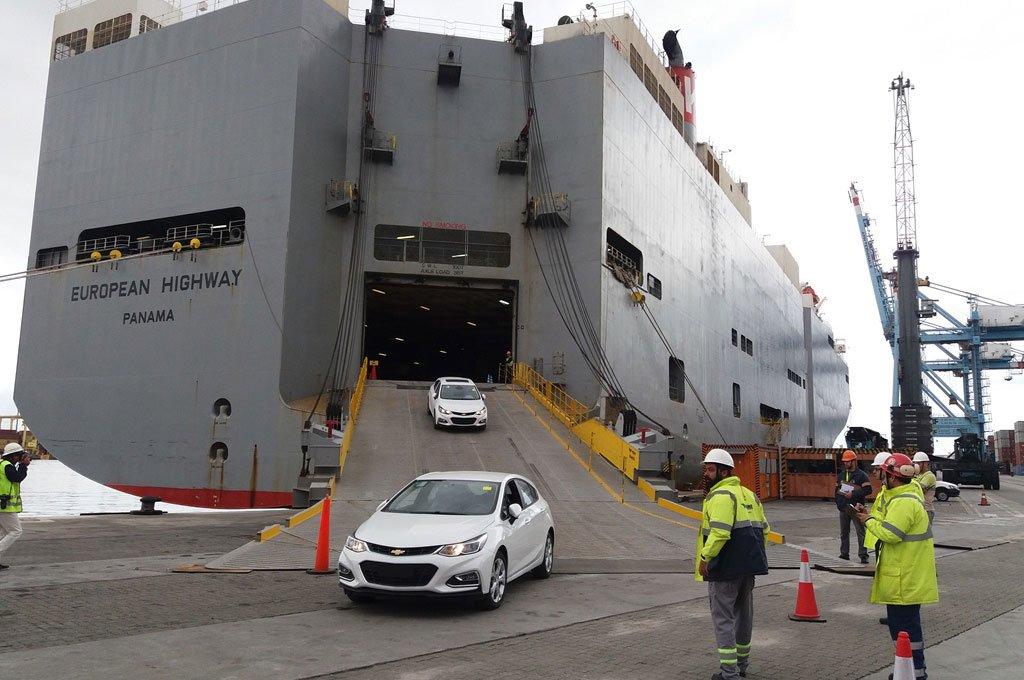 Porto de Itajaí - movimentação cresce 87% em 2018