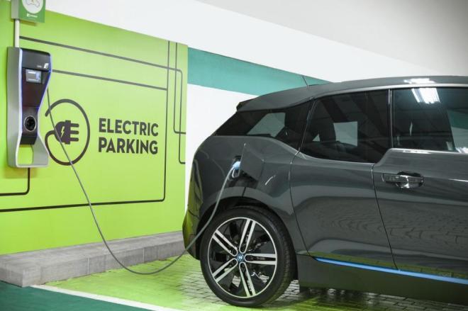 Engetel instala estações de recarga para veículos elétricos