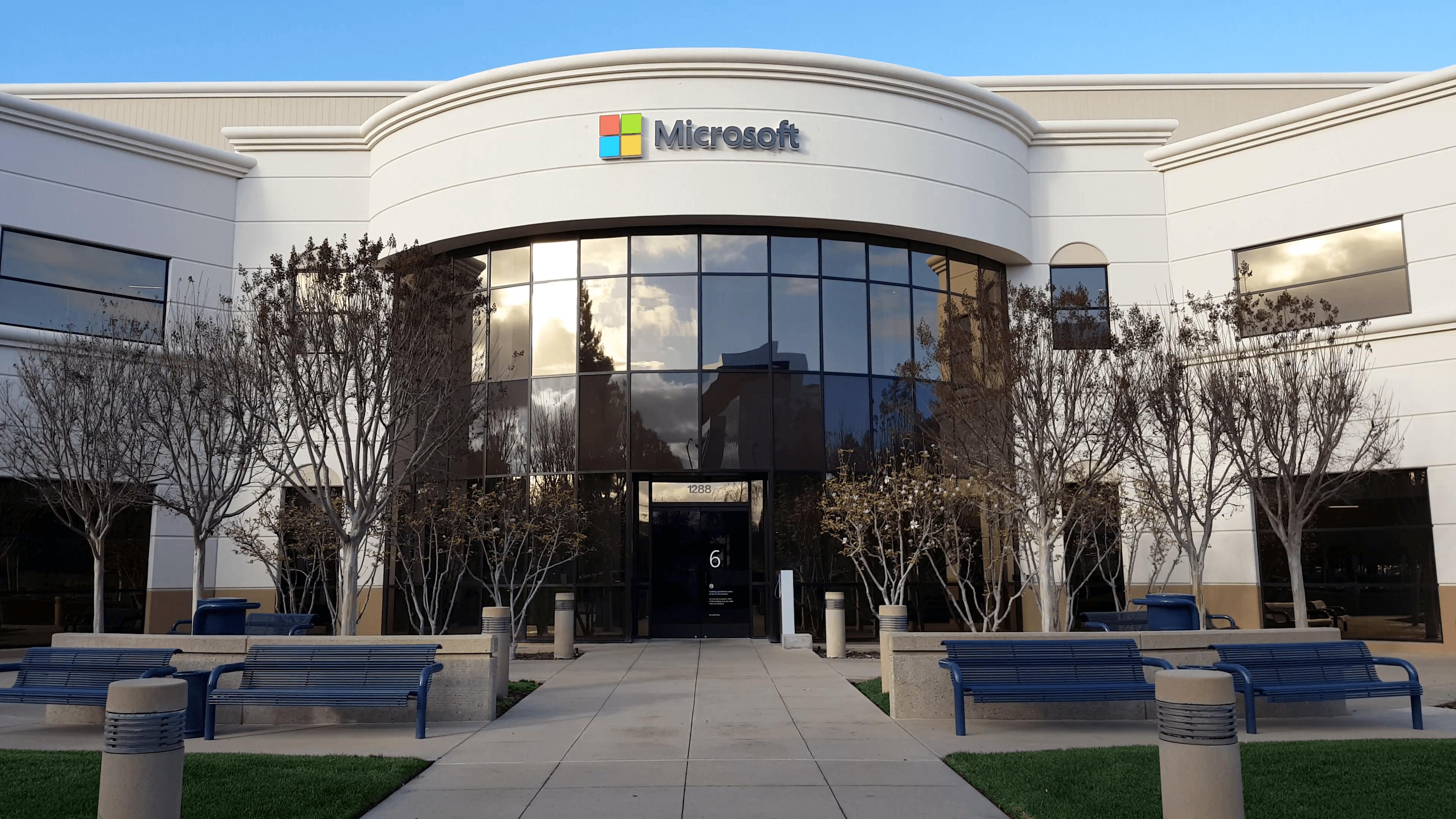 O maior erro de Bill Gates que custou US$ 400 bi à Microsoft